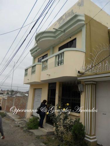 Casa en venta, ciudadela Aurora, Manta