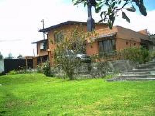 Hermosa casa en la Merced Valle de los Chillos