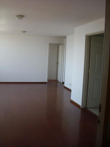 Rento departamento 3 dormitorios Granda Centeno INF: 0999810465