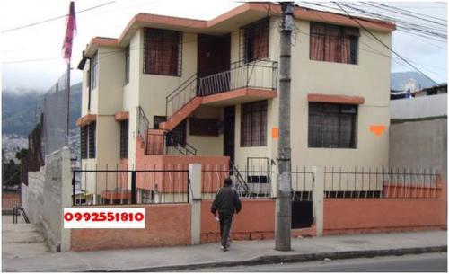 Venta de casa en Quito. Sector El Recreo. 5 Departamentos independientes en una construcción de 3   pisos