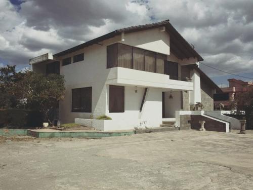 Casa en la Mitad del Mundo, Quita, villa, propiedad, NOrte de Quito