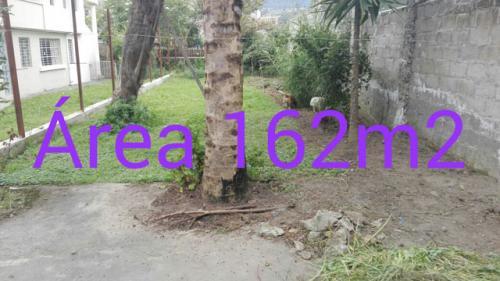 Vendo en Otavalo un terreno de 162 m2