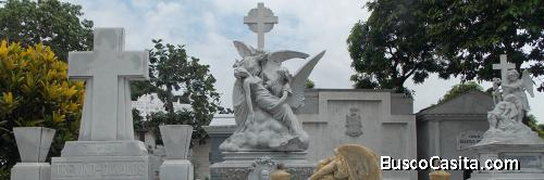 Vendo bóveda más servicios funerarios del Parque de la Paz Puntilla