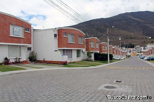 Conjunto Los Cántaros,sector Pusuqui,casa 2 pisos con mejoras $108.000 2353232,0997592747.0958838194