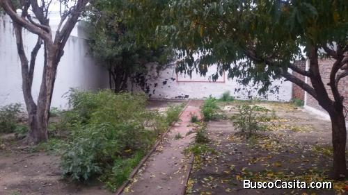Casa en dos plantas en barrio Brazo Oriental