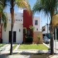 Vendo Casa Ampliada En Av. Principal De Villas Del Mediterraneo