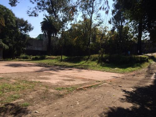 Terreno en venta en Av. Constituyentes, Lomas Altas CDMX