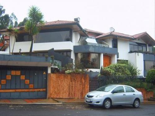 Casa de lujo en monteserrin casas de venta en quito - Casas en quito ecuador ...