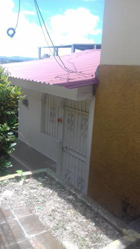 Casa Peatonal en Venta en Res.Monte Carmelo, Tegucigalpa