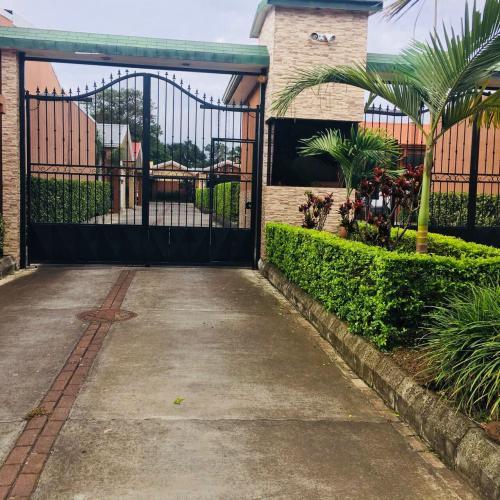 Venta hermosa casa San Pablo, Heredia