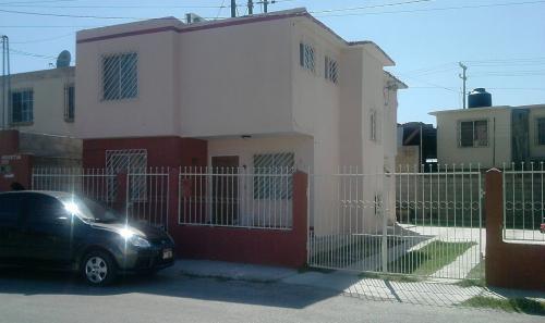San agustin 123 col san jose piedras negras coah casas for Oficina ing zaragoza