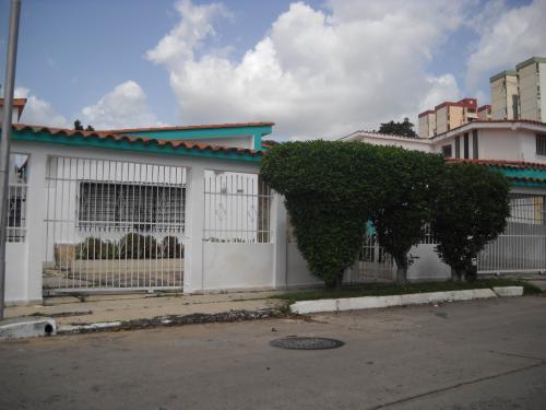 Casa en Venta en Valencia Los Nisperos