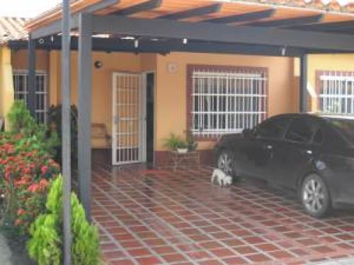 Casa en Venta San Diego Edo Carabobo Cod. 11-6434