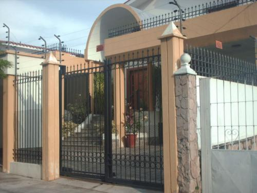 Rent a House D.C. Vende Confortable casa en Trigal Norte MLS #11-6630
