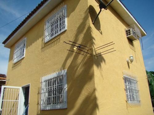 Compra venta de inmuebles casa de campo en valencia la - Casa de campo en valencia ...