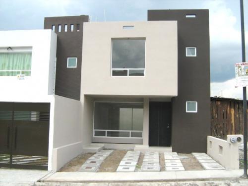 Estrene con acabados minimalistas casas de venta en for Acabados fachadas minimalistas