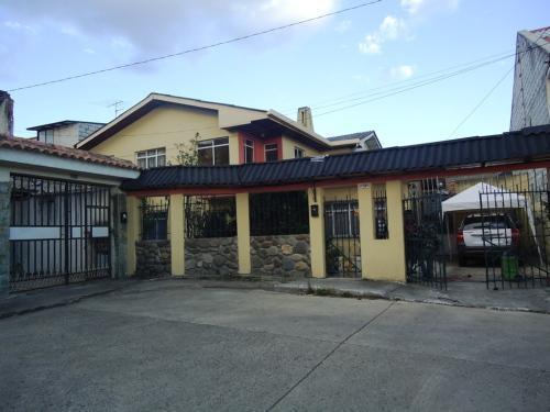 Casa credito inmobiliaria vende casas de 2 plantas en for Casa moderna vigo