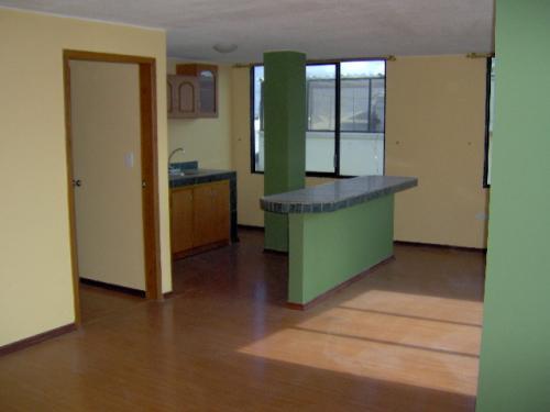 Arriendo 2 departamentos pequenos solo para estudiantes for Renta de departamentos para estudiantes