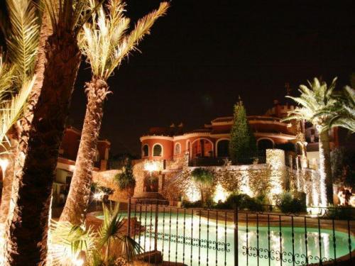 Propiedad de lujo en venta en Torrevieja. Impresionante vivienda con