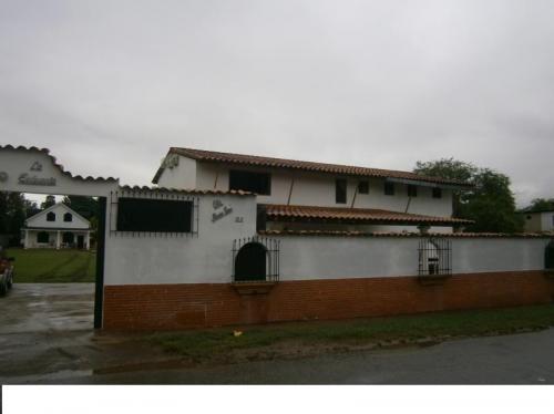 Quinta en Venta. Mini Granjas La Morocha-San-Diego-Carabobo