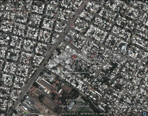 PÉREZ CASTELLANOS: Amplio solar residencial en área C01 de la ley 18.795 - TE 012