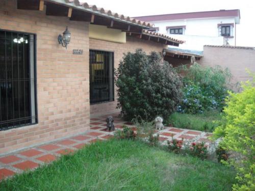 Vendo Casa en Valencia Zona Camoruco