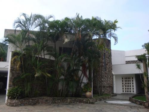 Se vende hermosa casa en Urb. El Parral de Valencia