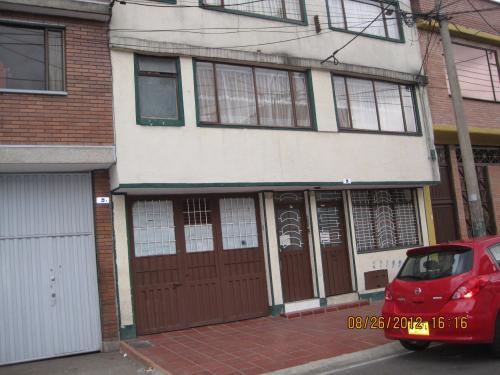apartamentos en chapinero de 1 y 2 alcobas con servicios incluidos