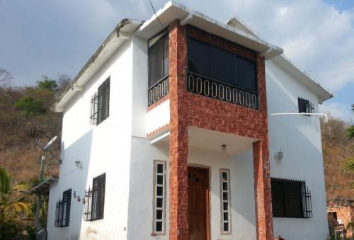 Casa a la venta en sector La Cumaca San Diego