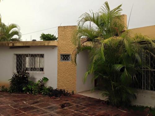 Casa ideal para comercio en la Col. San Nicolás