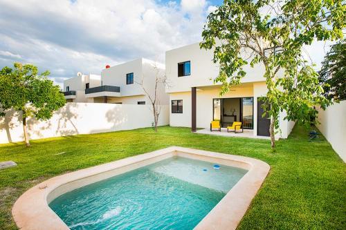 En RENTA casa grande y cómoda en zona residencial de Mérida