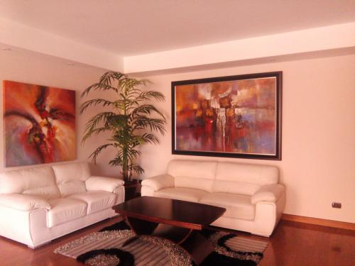 Apartamento Amueblado de 2 Habs. En Renta En Zona 14
