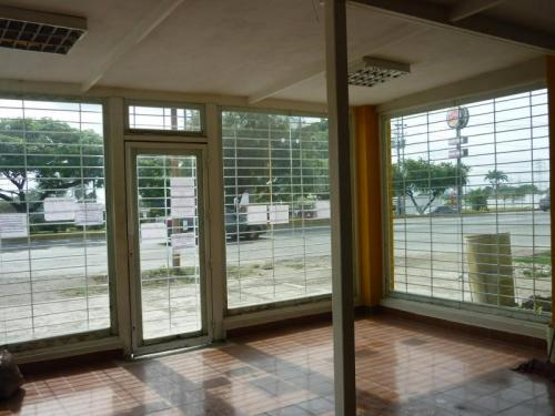 En Venta local comercial en Cabudare av Intercomunal