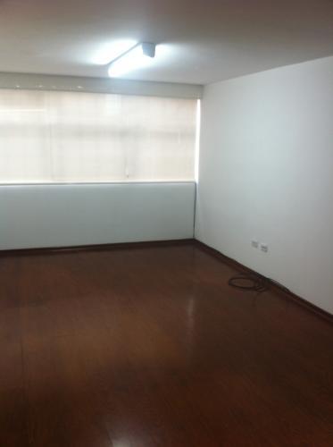 Oficina Arriendo, 65m2. Quito Tenis bajo, en Quito.
