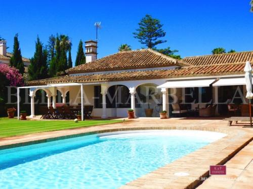 Sotogrande - Se vende chalet / villa cerca de la playa