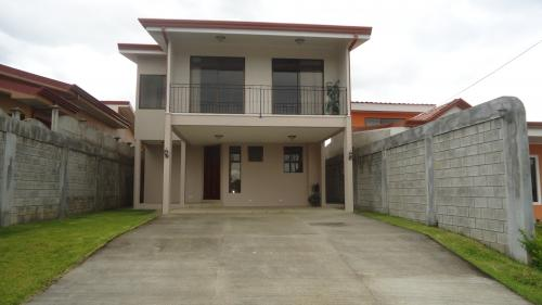 Preciosa casa en recidencial privado