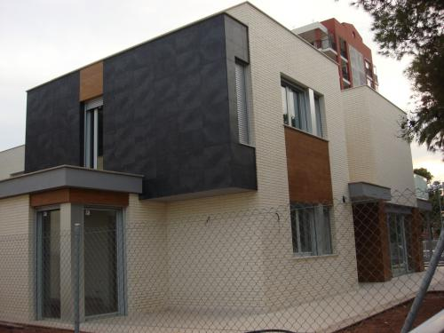 Villa o casa unifamiliar en Benicasim playa con piscina y jardín