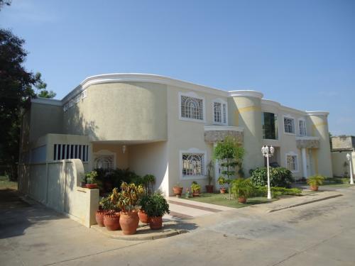 SuEspacio Bienes Raíces,C.A. En Venta, Town House en Cabimas - Sector Bello Monte