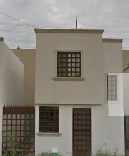 Rento Casa en Treboles Apodaca
