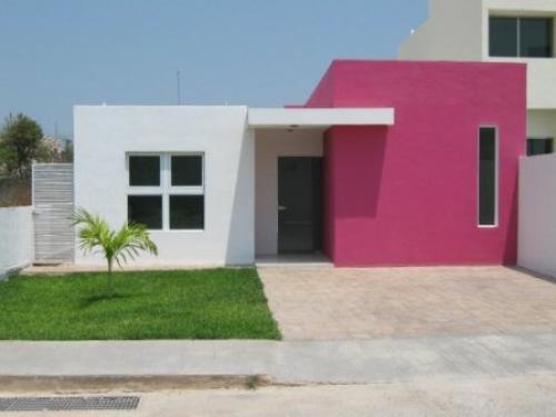 Casas de una sola planta modernas perfect moderna y for Fachadas de casas de una sola planta
